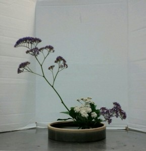 Slanting Moribana Variation #4 with yarrow and statice.