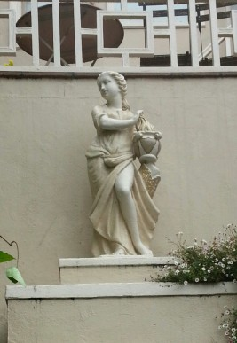 "This statue cracks me up. Methinks it's a drag queen, judging by her, um, ""package."""